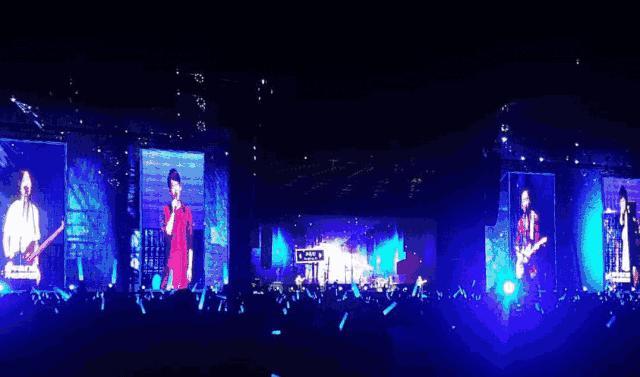 """雷凌显示LED屏邂逅""""五月天""""新加坡演唱会"""